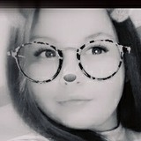 Anissa from Amblainville | Woman | 21 years old | Taurus
