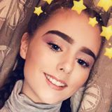 Michelle from Dundee | Woman | 21 years old | Gemini