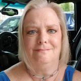 Chelle from Lakeland | Woman | 51 years old | Scorpio