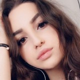 Jasmin from Berlin   Woman   23 years old   Cancer
