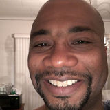 King from Oak Park | Man | 47 years old | Taurus