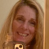 Cori from East Hampton | Woman | 57 years old | Aquarius