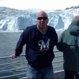 Packers from Northfield | Man | 47 years old | Aquarius