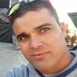 Aziz from Vigo | Man | 33 years old | Virgo