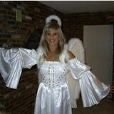 Emilia from Groton | Woman | 52 years old | Leo