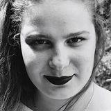 Nana from Dijon | Woman | 24 years old | Leo