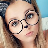 Graciemollie from Reading | Woman | 25 years old | Gemini