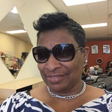 Shannon from Lawrence | Woman | 50 years old | Aquarius
