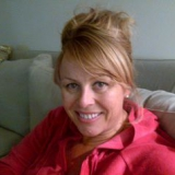 Lis from Dubai   Woman   54 years old   Aries
