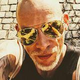 Jay from Stuttgart   Man   41 years old   Taurus