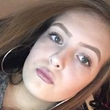 Mia from Ballycastle   Woman   21 years old   Capricorn