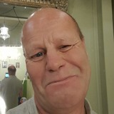 Malcolmd0Mr from York | Man | 55 years old | Cancer