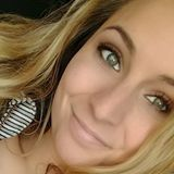 Katie from Macomb   Woman   24 years old   Gemini