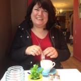 Kim from Rotherham | Woman | 49 years old | Gemini