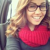 Hayley Montero from Crest | Woman | 25 years old | Taurus