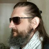 Kori from Saint-Malo | Man | 47 years old | Taurus