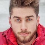 Robert from Castello de la Plana | Man | 22 years old | Aries