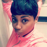 Dee from Parkville | Woman | 36 years old | Gemini