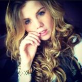 Marieceline from Hamburg   Woman   25 years old   Capricorn