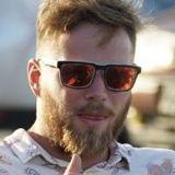 Johnjohn from La Roche-sur-Yon | Man | 27 years old | Virgo