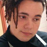 Desmondseva from Oceanside   Man   22 years old   Scorpio