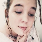 Shenna from Clay City | Woman | 22 years old | Leo