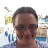 Av from Penzance | Woman | 36 years old | Taurus