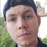 Alex from Pau | Man | 23 years old | Gemini