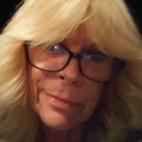 Glenda from Chambersburg | Woman | 57 years old | Leo