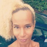 Dalia from Vernon   Woman   39 years old   Aries