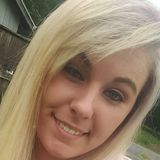 Samantha from Everett   Woman   25 years old   Pisces