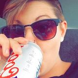 Shelbi from Foxborough | Woman | 27 years old | Cancer
