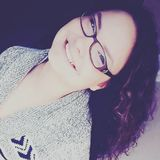 Laura from Winnipeg | Woman | 27 years old | Pisces